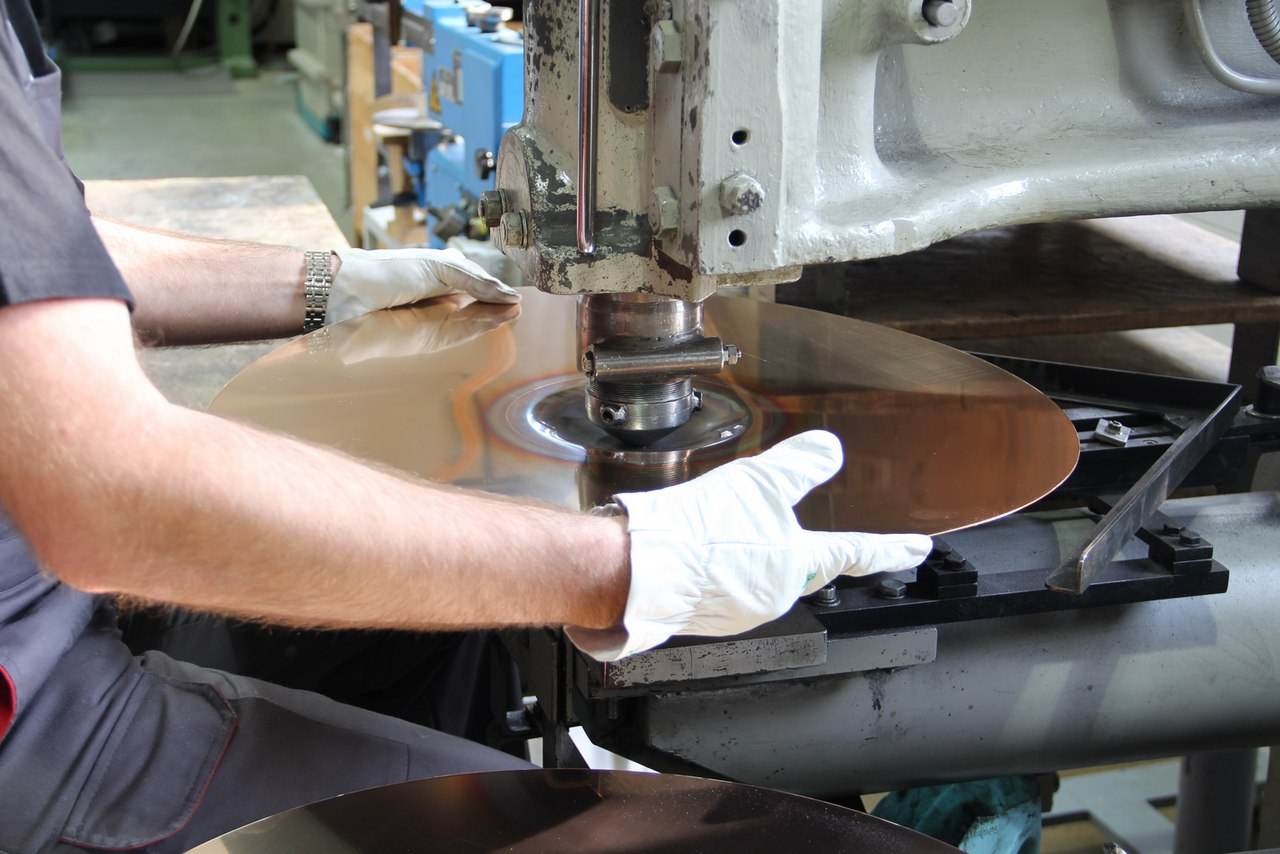 paiste-philosophy-and-manufacturing-part2-11