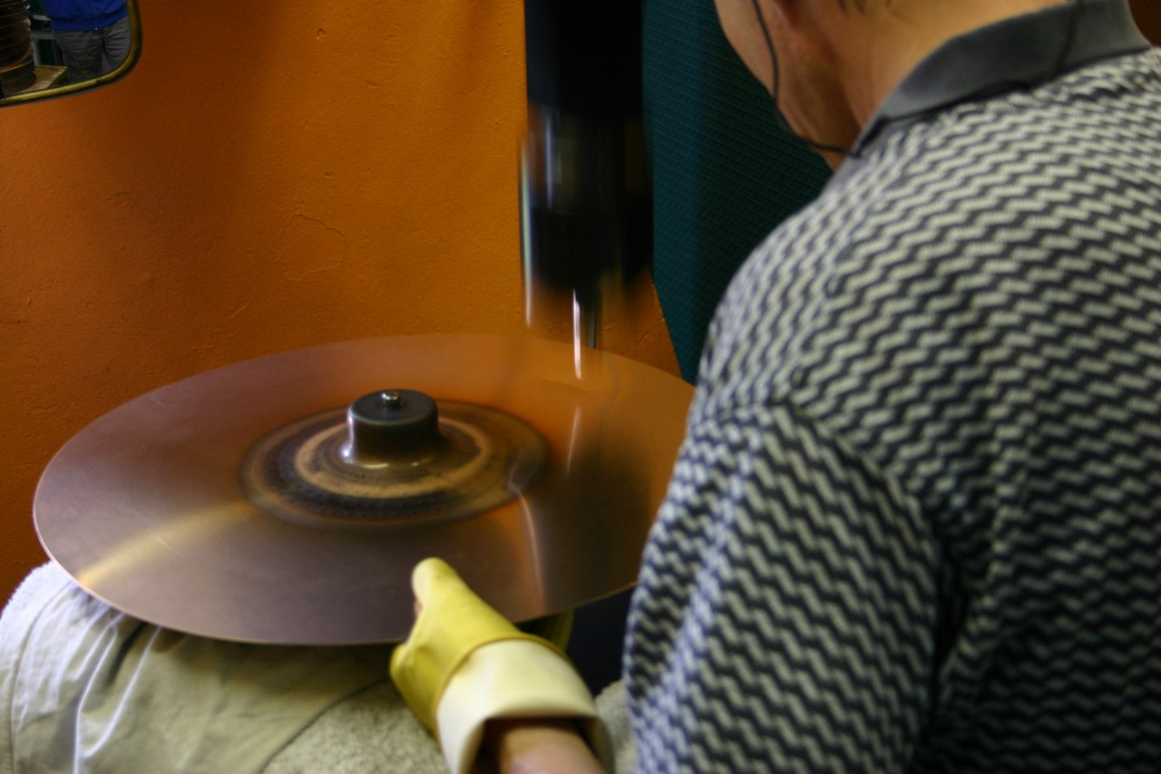 paiste-philosophy-and-manufacturing-part2-15
