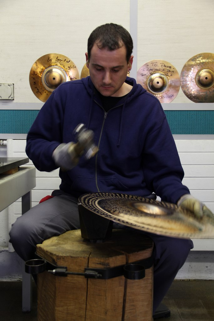 paiste-philosophy-and-manufacturing-part2-16