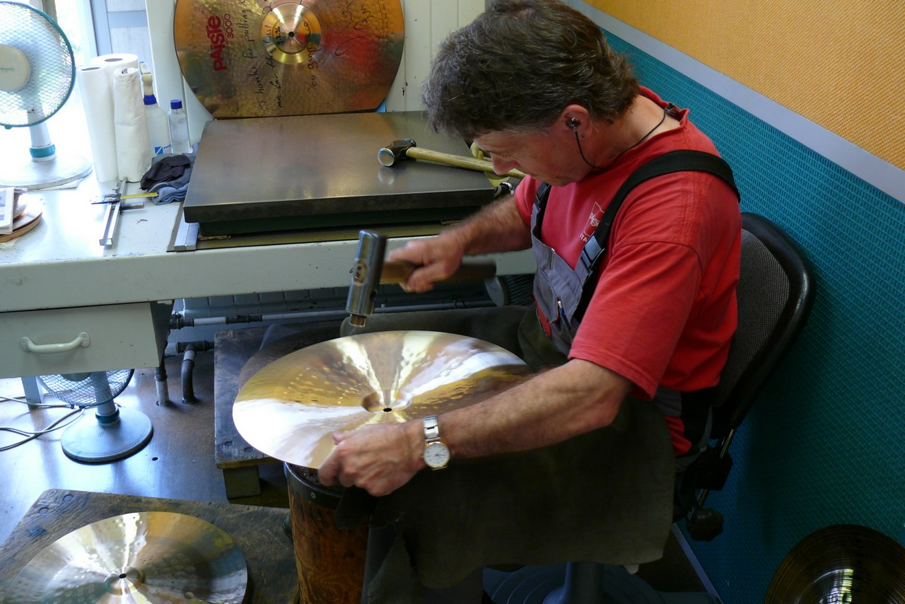 paiste-philosophy-and-manufacturing-part2-18