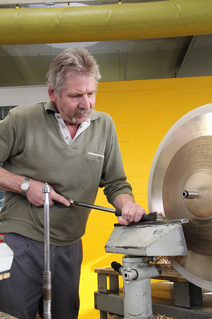 paiste-philosophy-and-manufacturing-part2-25