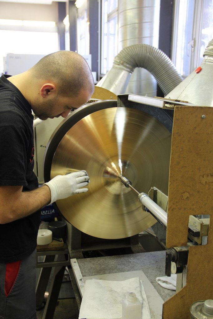 paiste-philosophy-and-manufacturing-part2-28